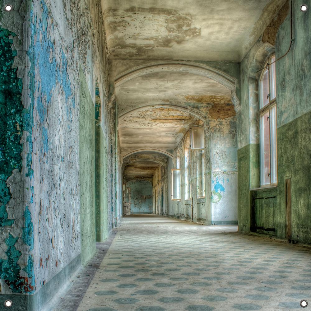 Tuinposter Hallway 80x80